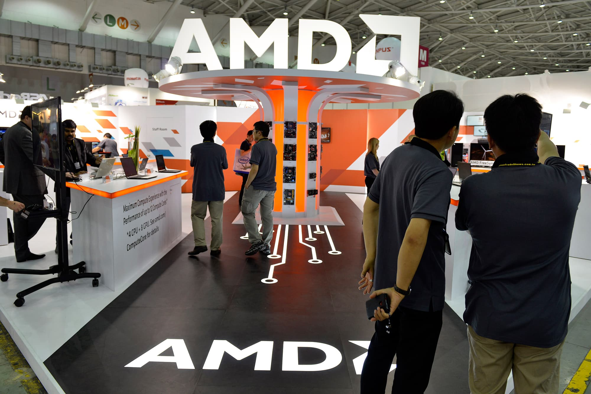 Barclays predicts shares of AMD will plunge 35%