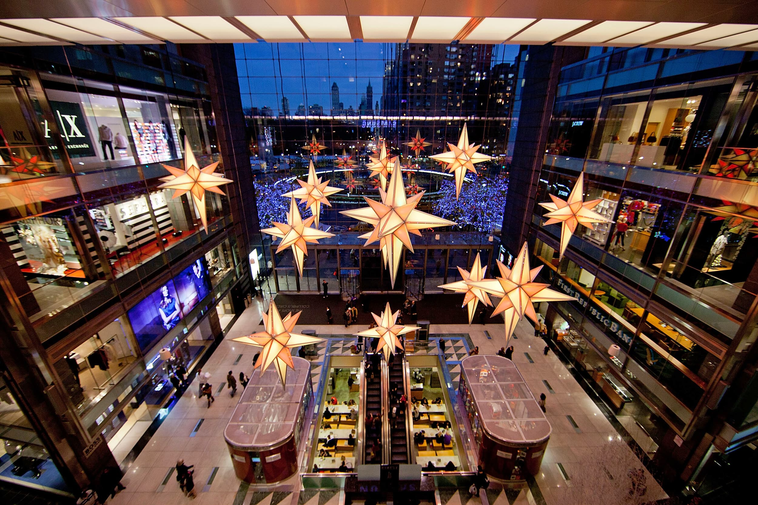 0fed3384d Let the games begin: Retail places holiday wagers