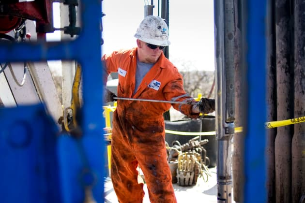 Energy spending boom to boost oilfield services stocks