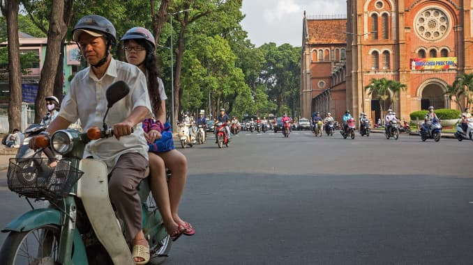 Vietnam shines despite Southeast Asia trade struggles, EM