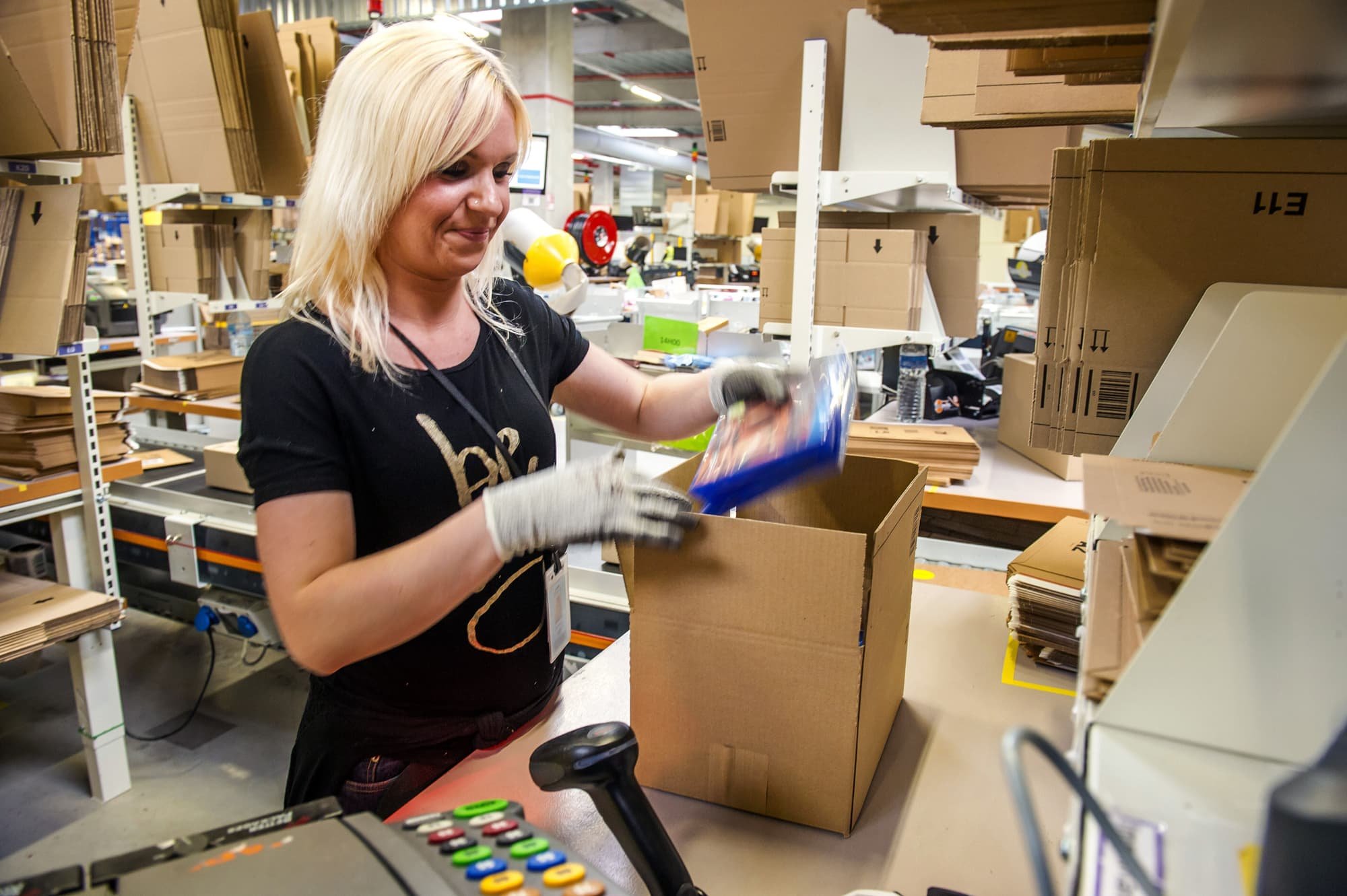 Amazon is hiring over 30,000 workers in these 6 US cities