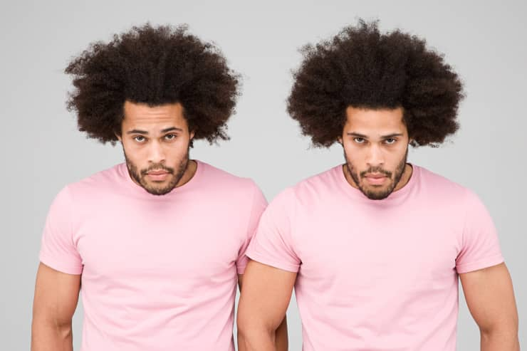 Premium: Twins in pink shirts