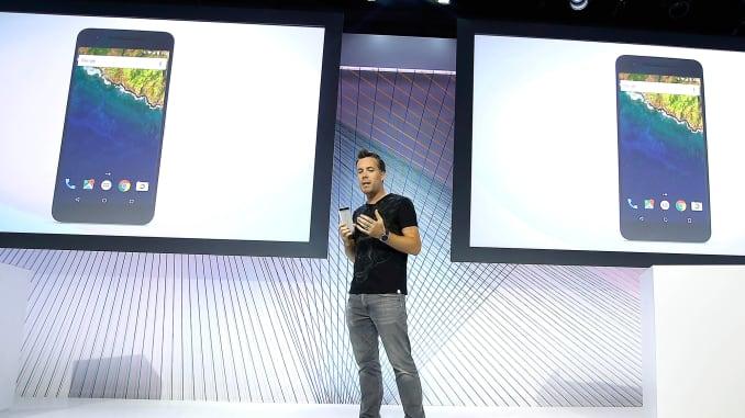 ONE TIME USE AP PHOTO: Google Nexus 5X phone Dave Burke 150929