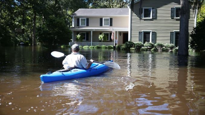Reusable: South Carolina floods flooded homes 151007