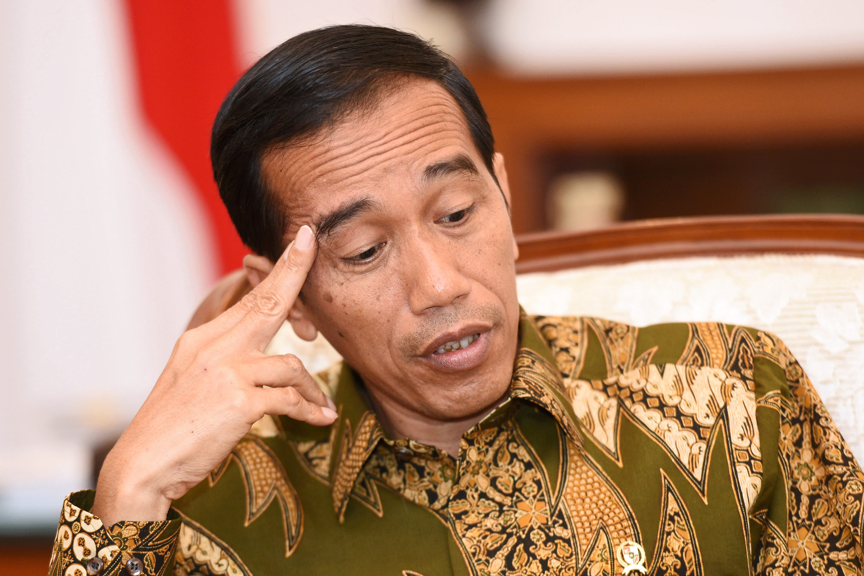 Indonesia president proposes to move capital to Borneo