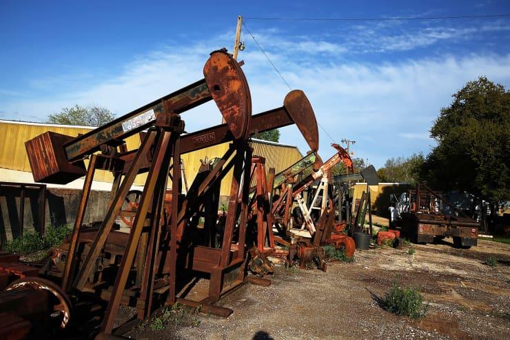 Reusable: Rusted oil jacks Texas 150326