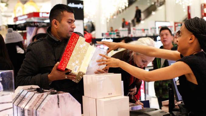 Reusable: Holiday shopping in Macy's 151126