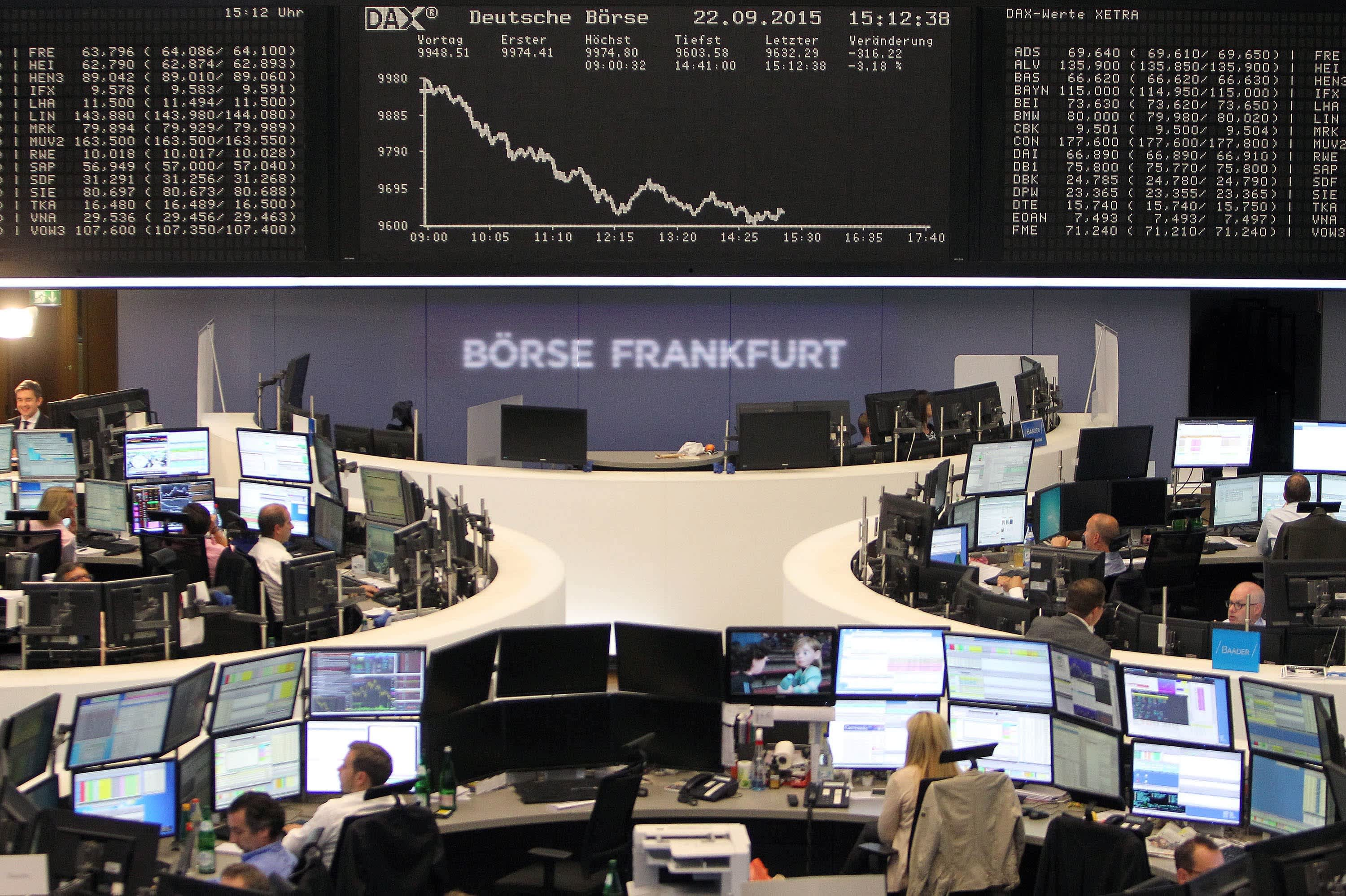 European stocks slightly higher on hopes of a Fed rate cut; Publicis down 8.5%