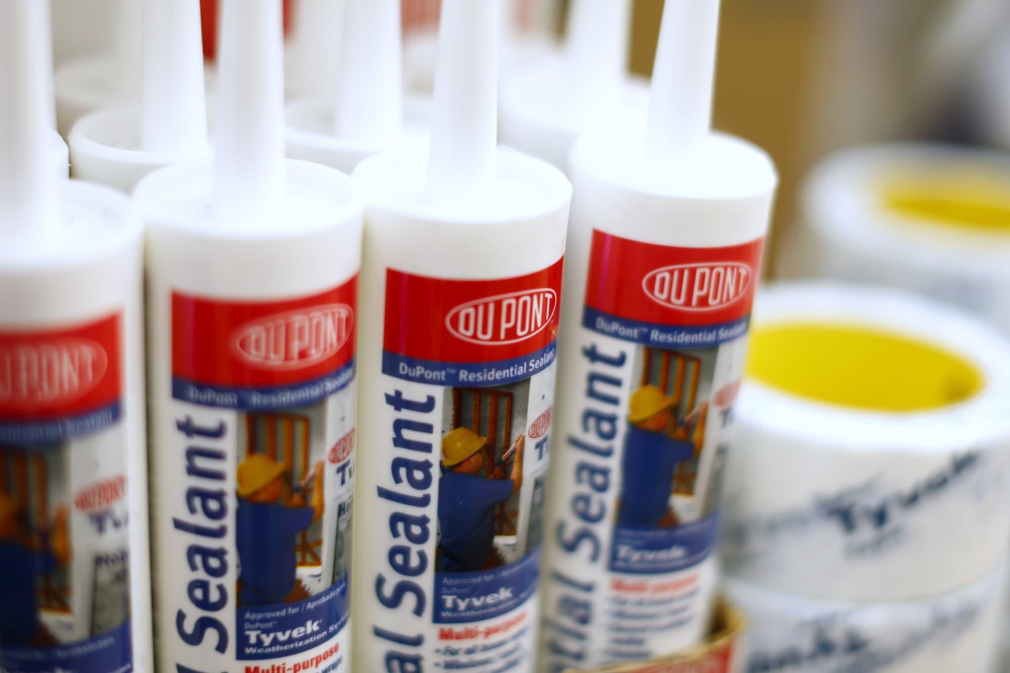 DowDuPont profit slumps 28%, hit by lower chemical demand