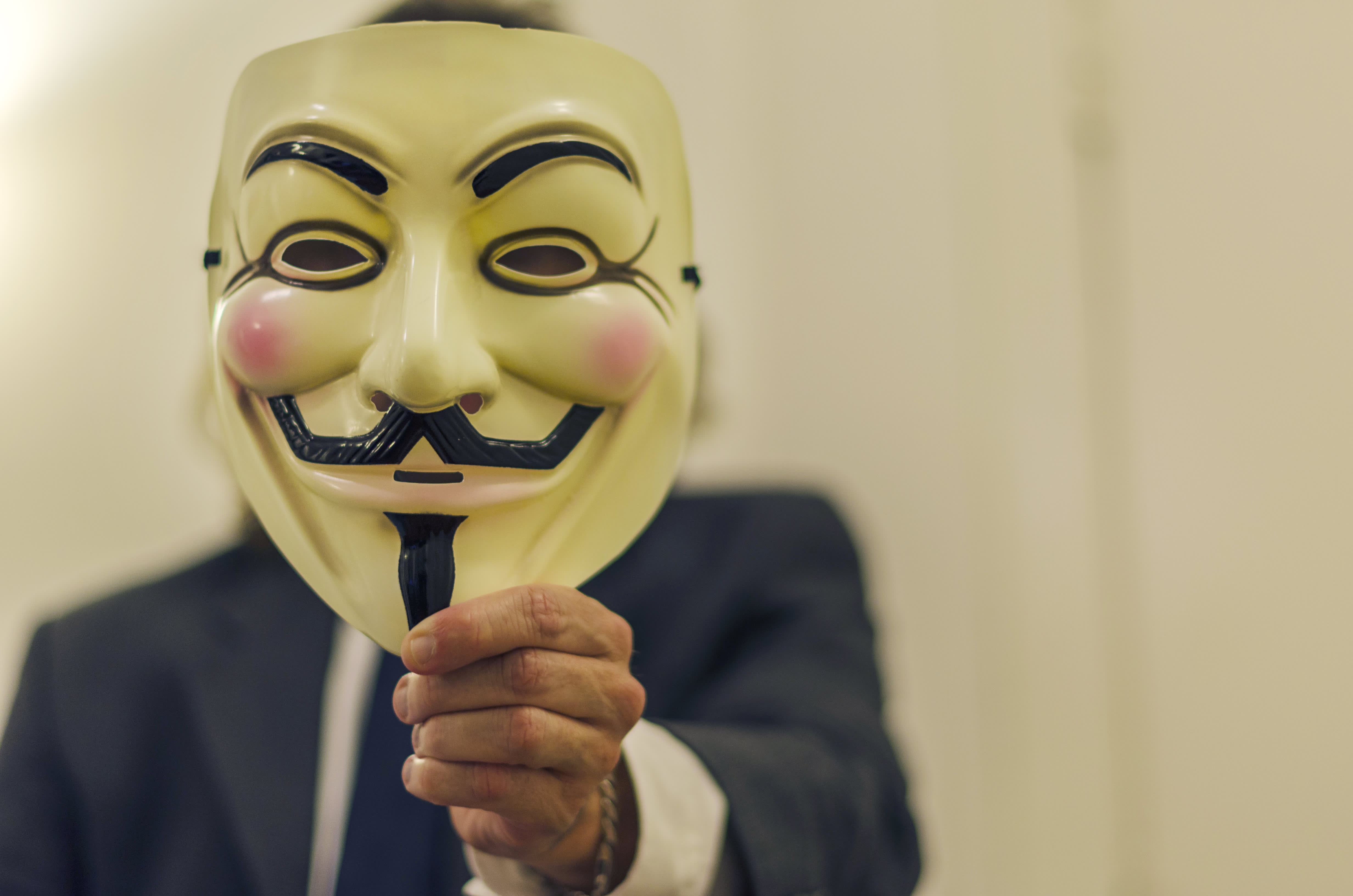 What can Anonymous really do to ISIS?