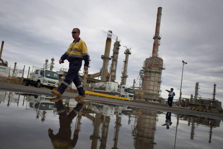 Reusable: Oil storage refinery Australia Caltex Oil 141014