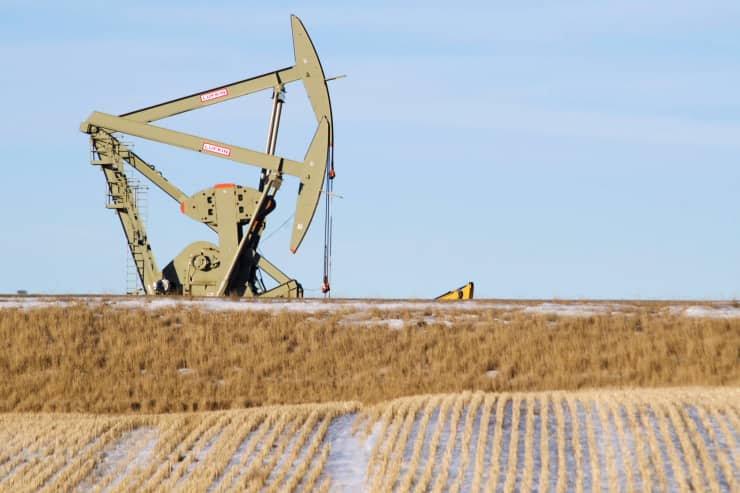 Reusable: Oil pump jack in North Dakota 150128