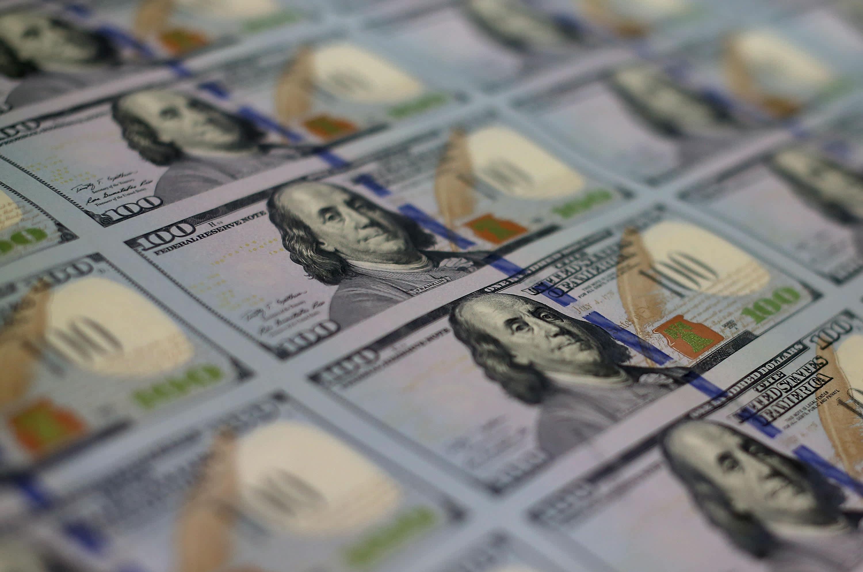 Dollar slammed after Powell's bleak US outlook