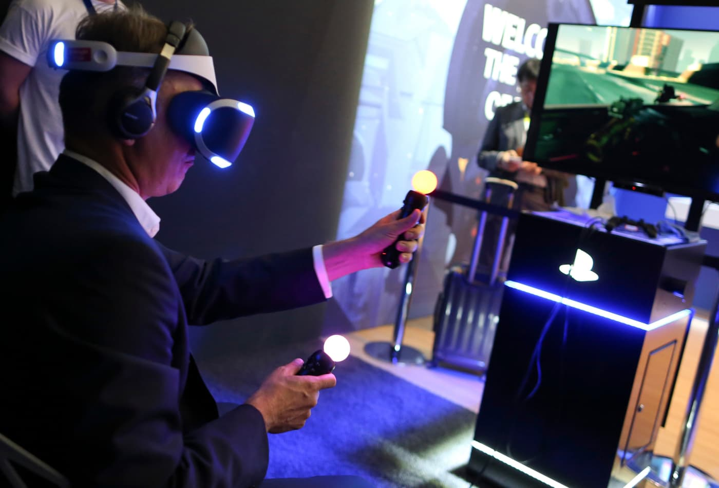 Virtual reality for gaming & beyond