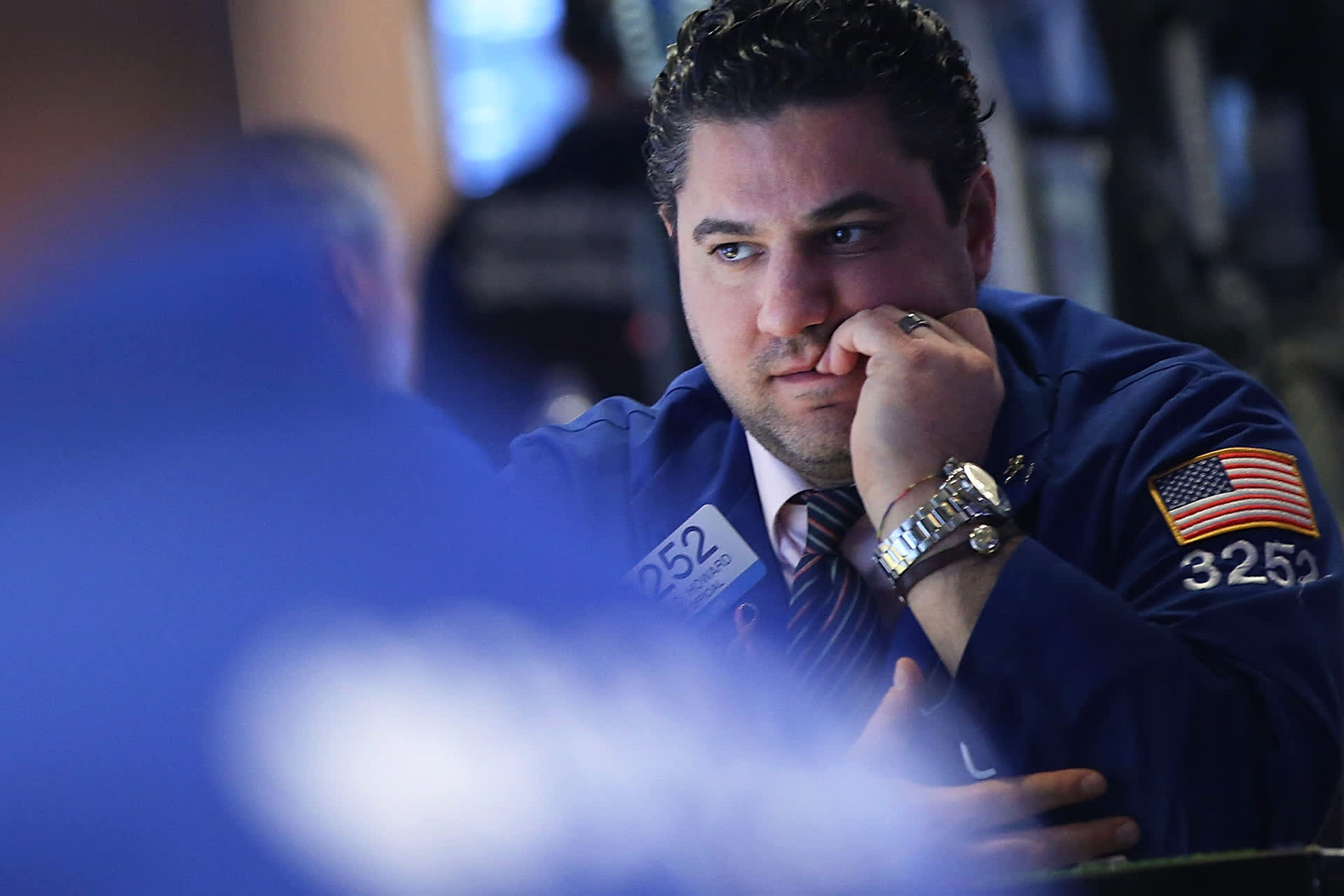 GS: NYSE trader worried concerned 160115 2