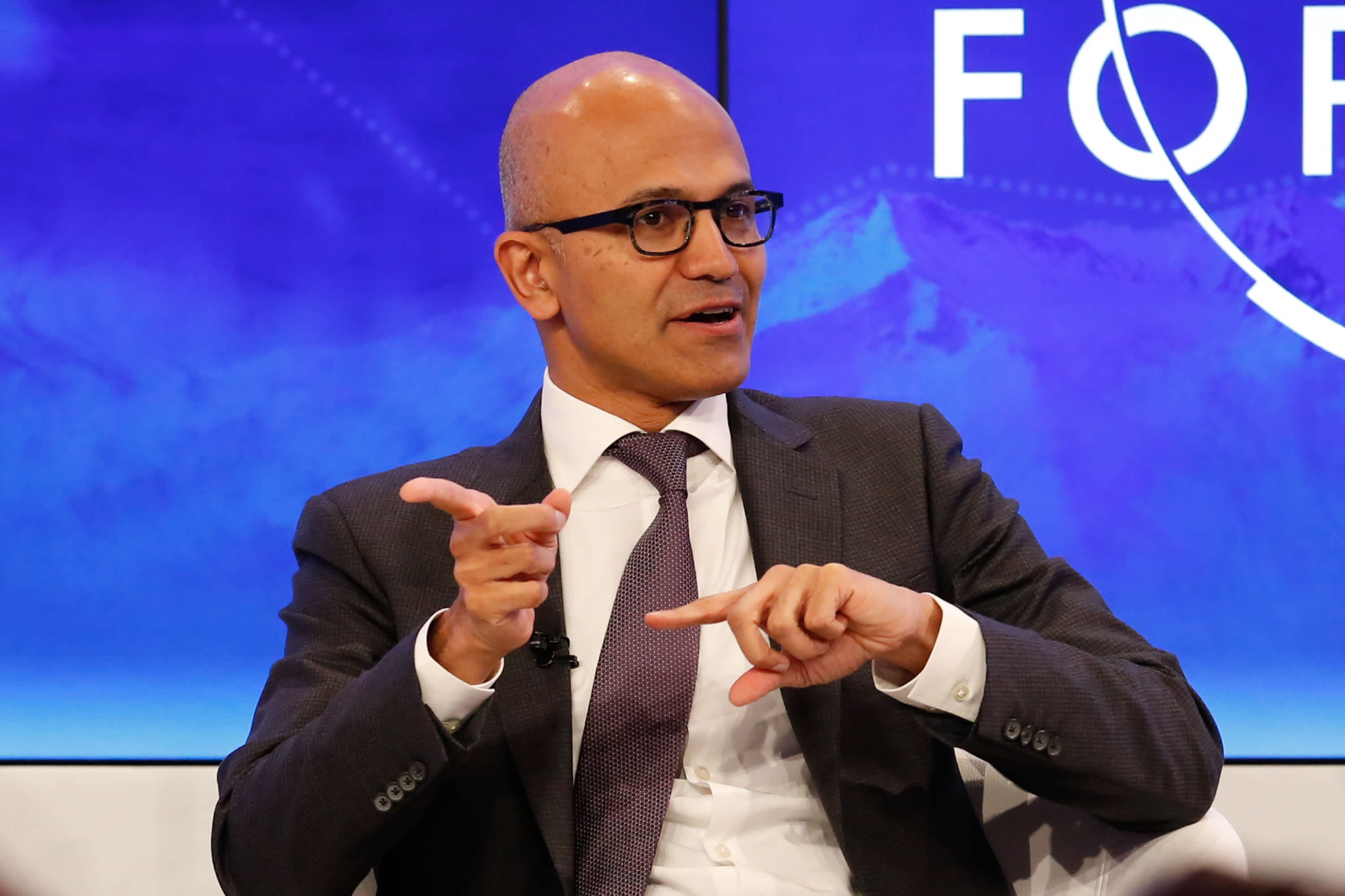 Microsoft launches e-commerce tools as Amazon rivalry intensifies