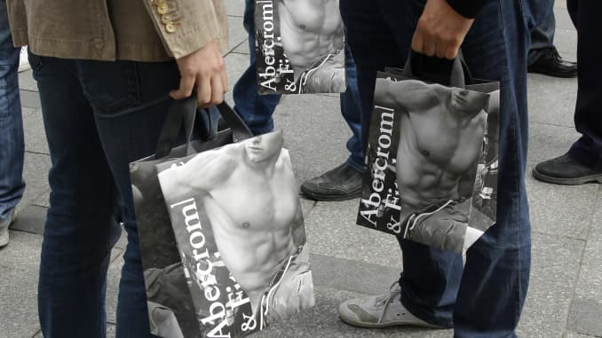 Abercrombie Fitch Boosts Guidance