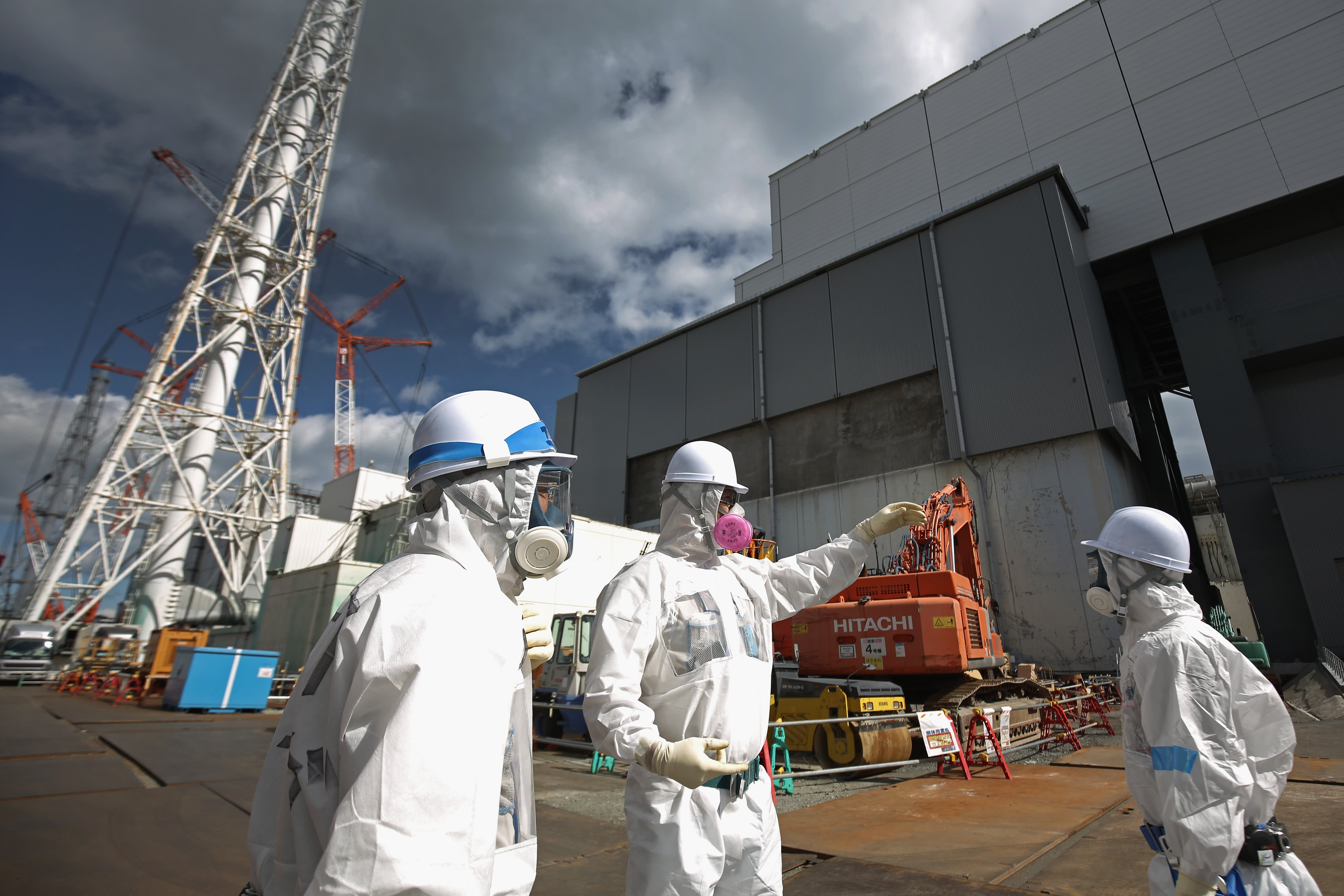 U S  watches as Fukushima continues to leak radiation