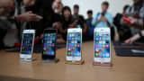 The new iPhone SE is displayed during an Apple special event at the Apple headquarters on March 21, 2016 in Cupertino, California.
