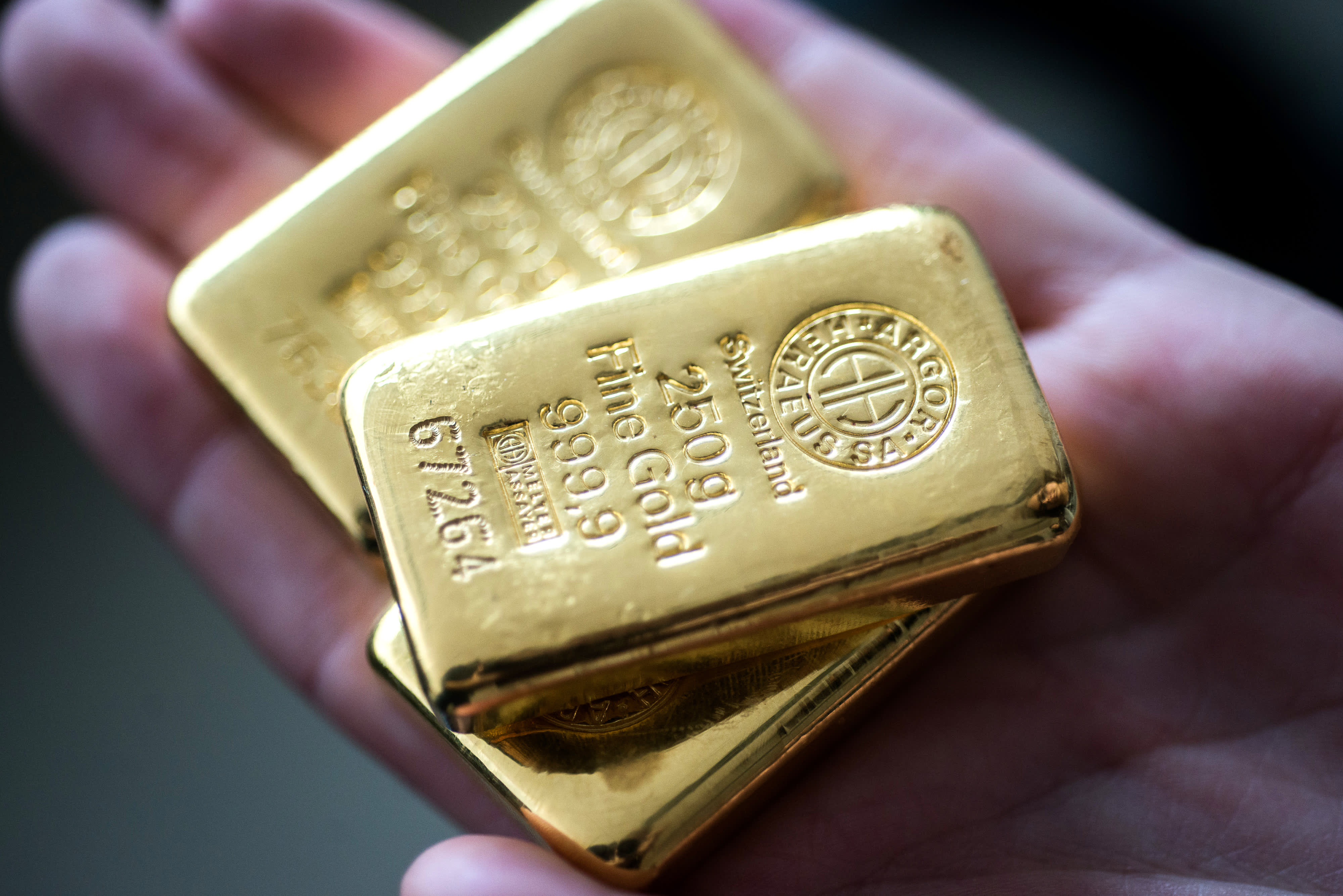 Gold bounces off two-month lows on weaker US data