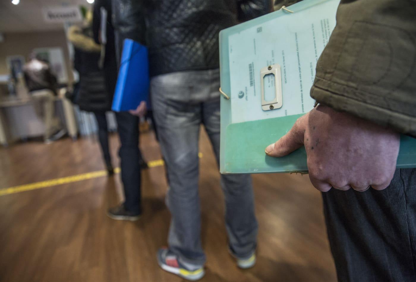 Coronavirus job losses could total 47 million, unemployment rate may hit 32%, Fed estimates