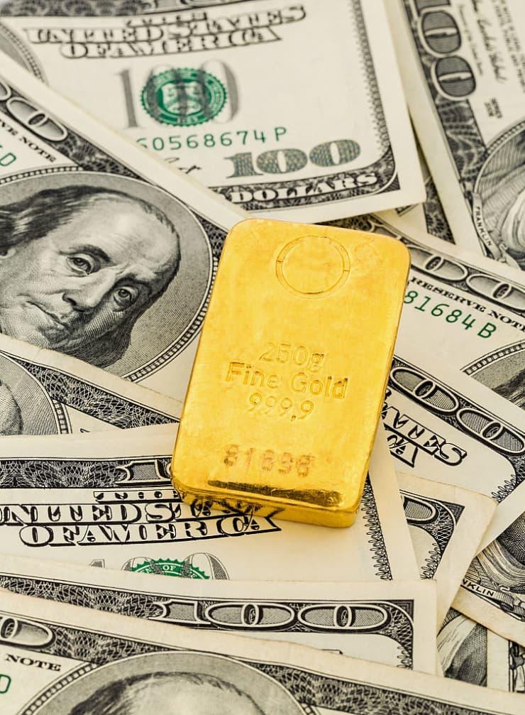 Premium: Gold and Dollar