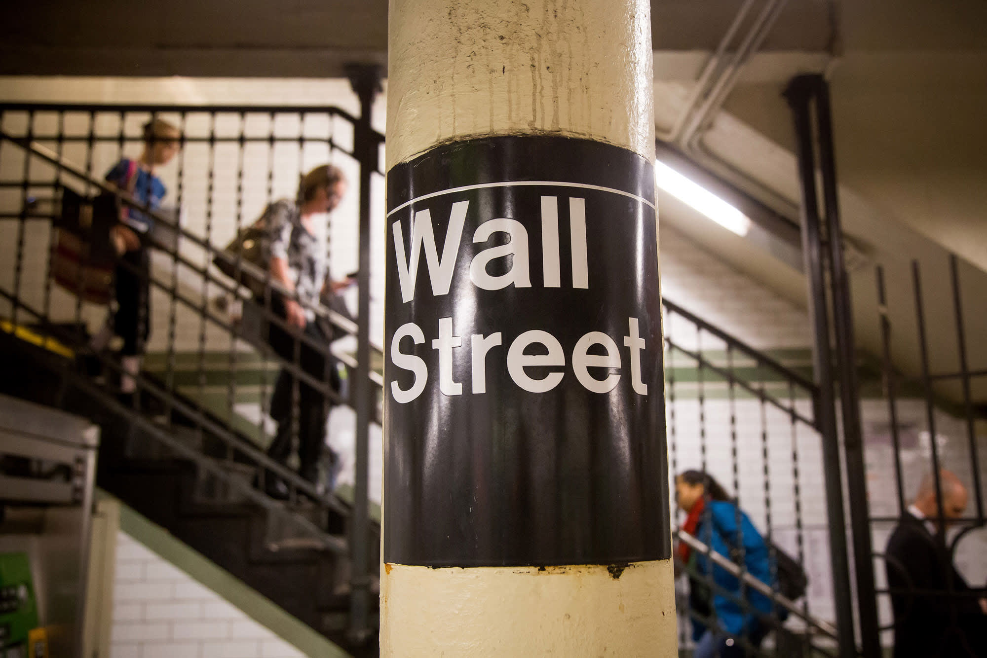 Stock futures dip as Wall Street takes a breather after strong start to September thumbnail