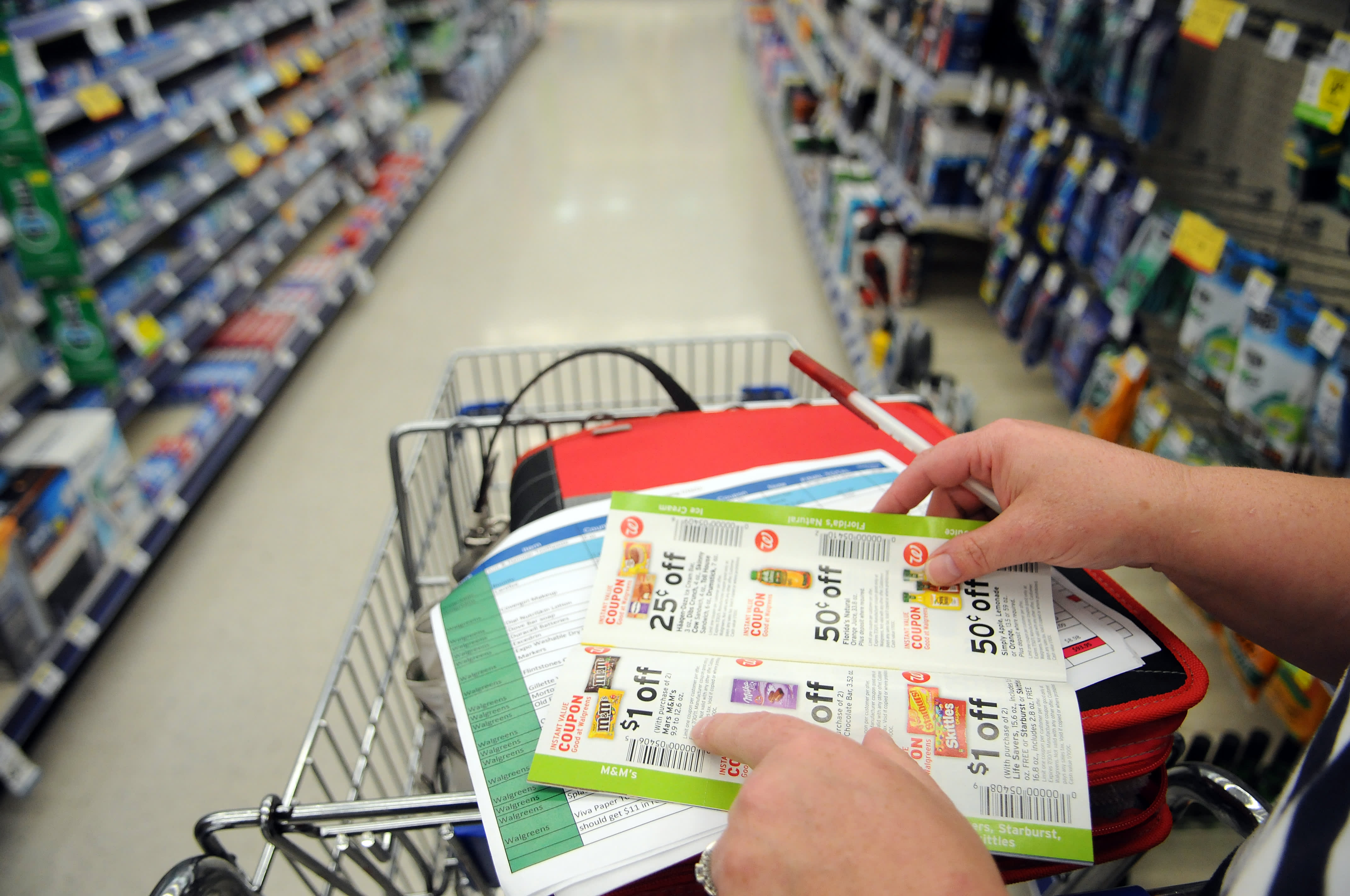 Extreme Couponing: Become the Best Extreme Couponer in Town!