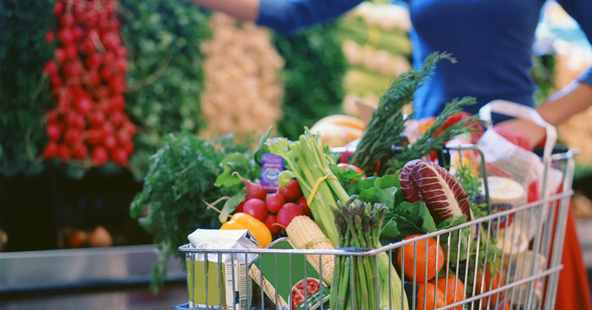 This Free And Easy Hack Could Save You Money on Groceries