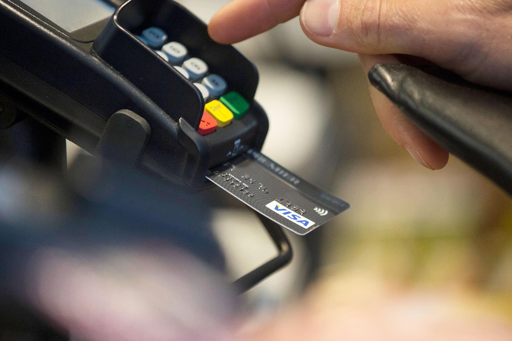 Kroger's California subsidiary to bar Visa credit cards amid fee dispute