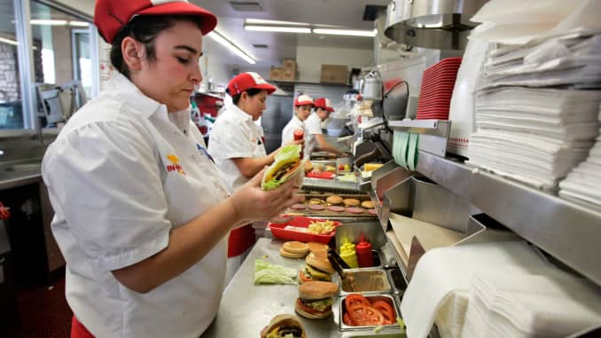 In-N-Out managers make $160,000 per year salary
