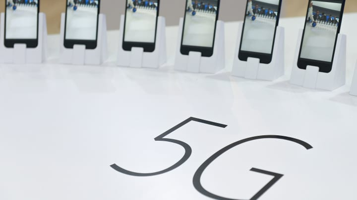 Trump administration mulls requiring 5G equipment for domestic use to be manufactured outside of China: WSJ