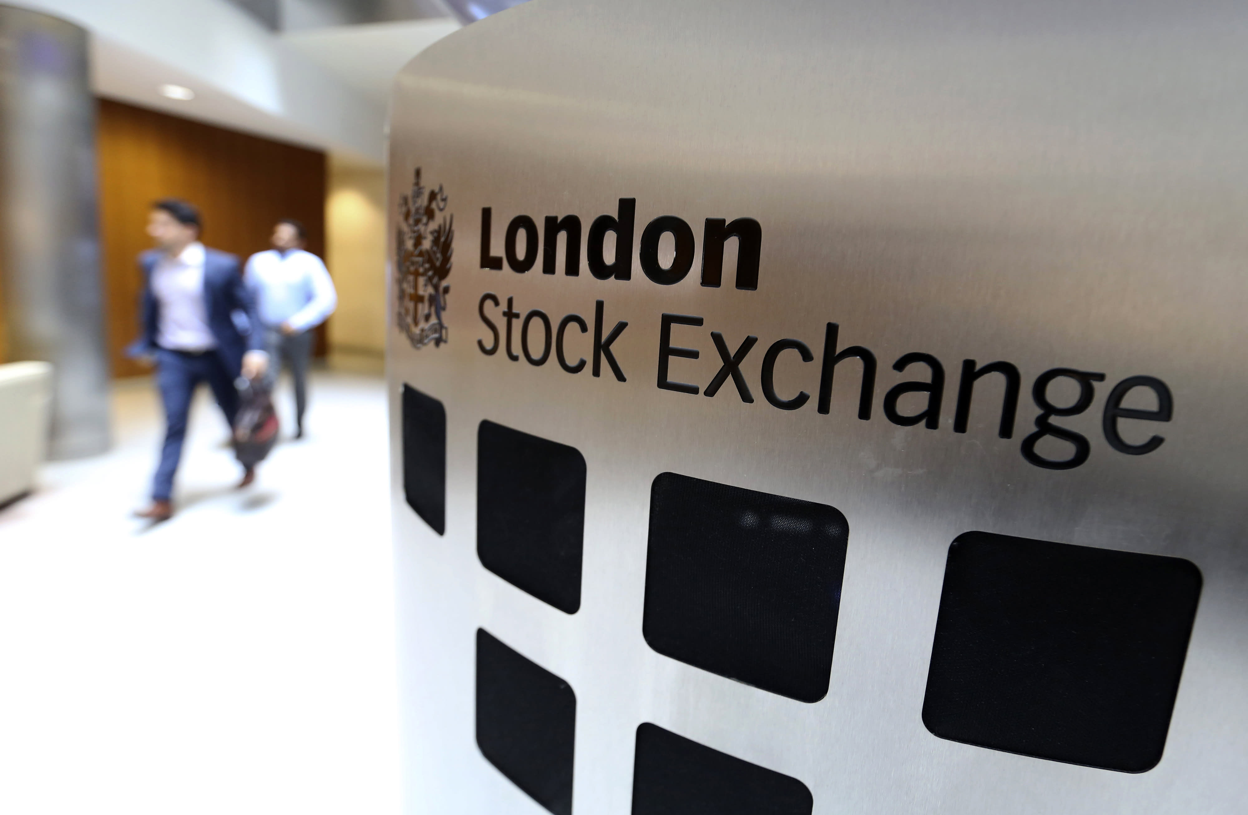 London Stock Exchange agrees to buy Refinitiv in $27 billion deal