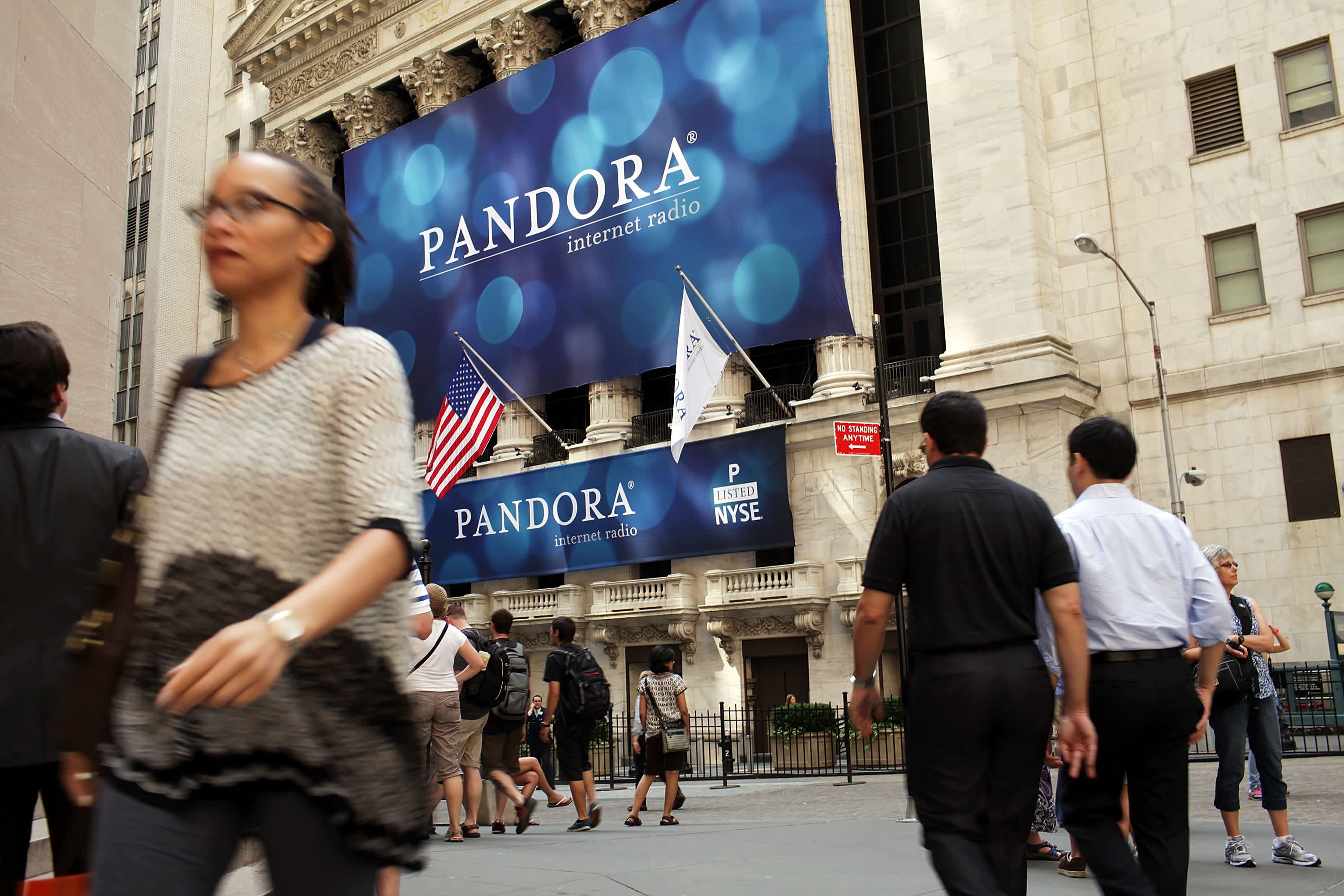 SiriusXM to buy Pandora in all-stock deal valued at $3 5 billion