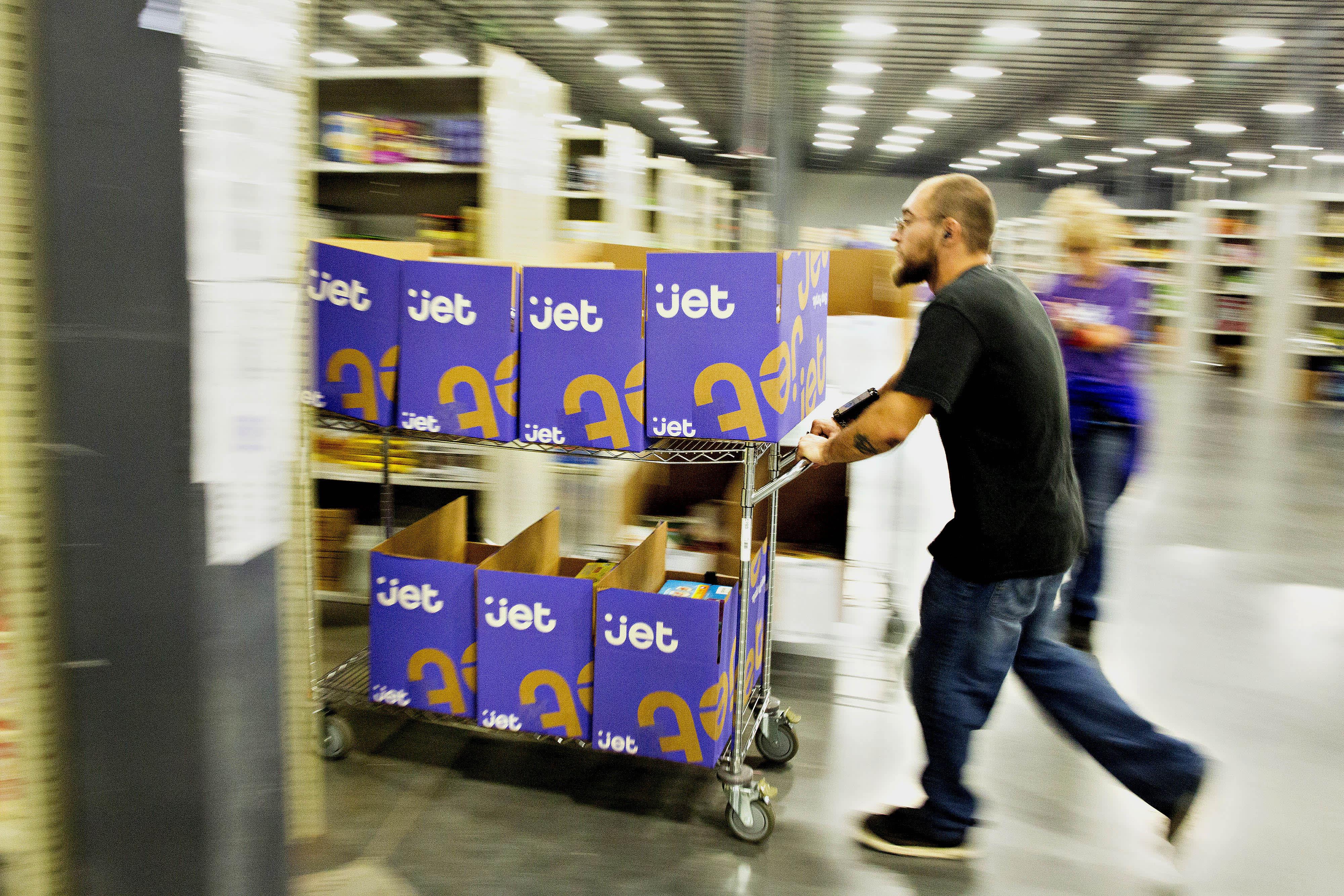Walmart redesigns lagging Jet com digital site, rolls out