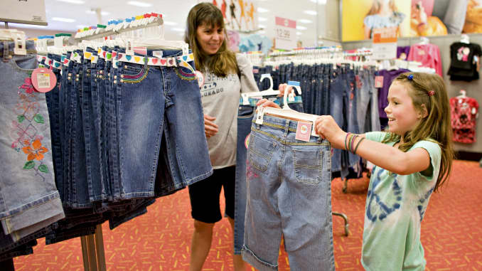 GP: Back to school shopping apparel mother daughter