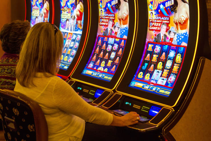 GP:  Caesars Palace, Caesars Entertainment slot machines 150519