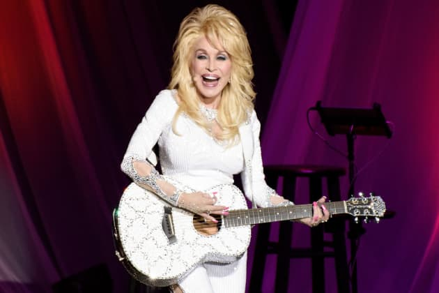 Dolly Parton Is Back On The Charts And She Means Business