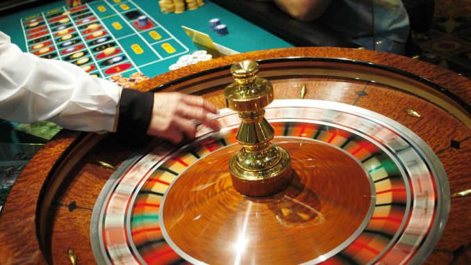 Casino operator Penn National to buy Pinnacle Entertainment