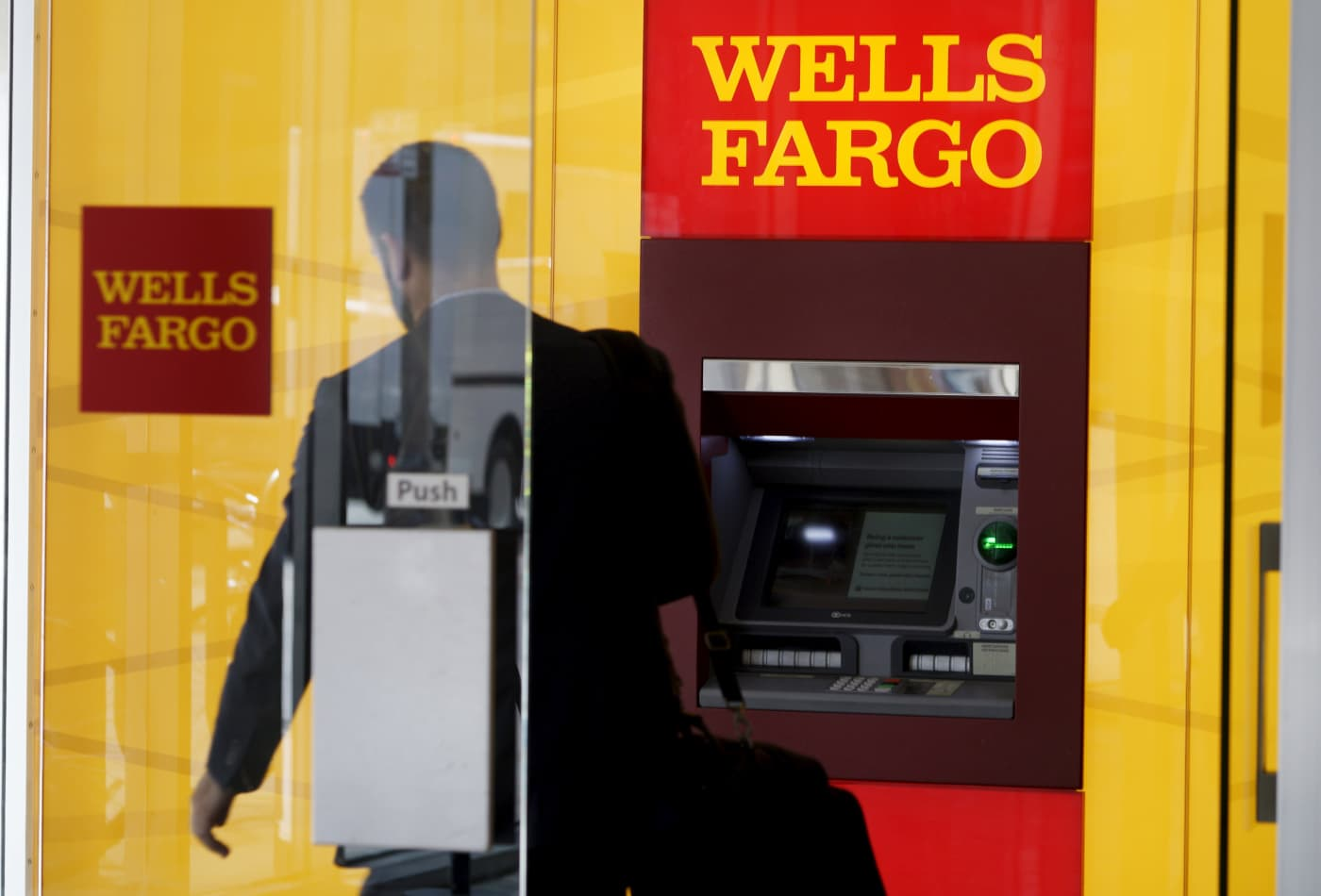 Wells Fargo to pay $3 billion in setting criminal and civil investigations into its fraudulent sales practices