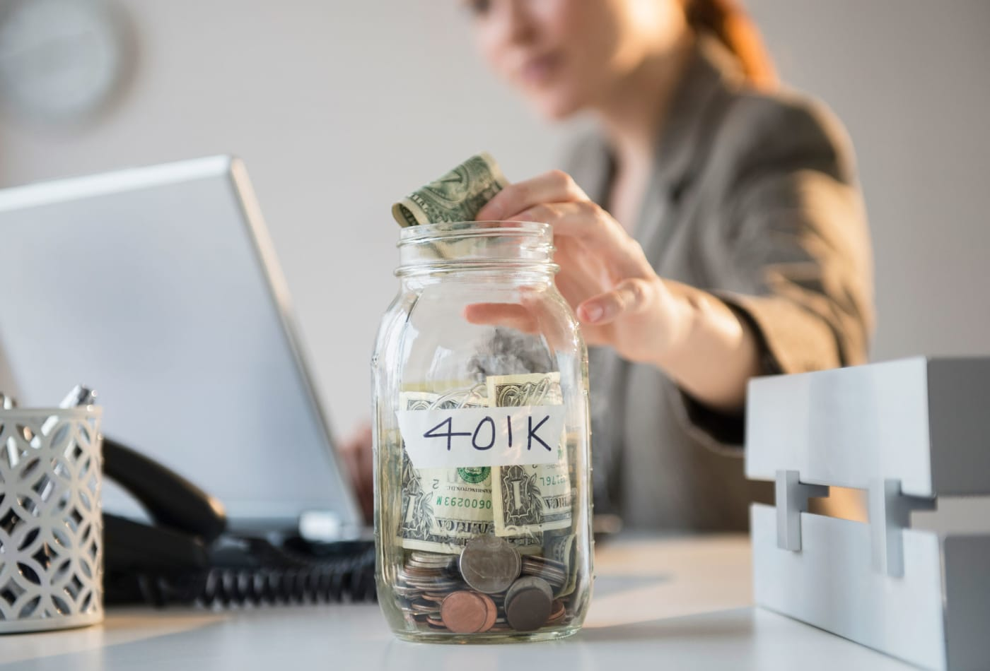 Here's how much money you give up if you don't grab your employer's 401(k) match