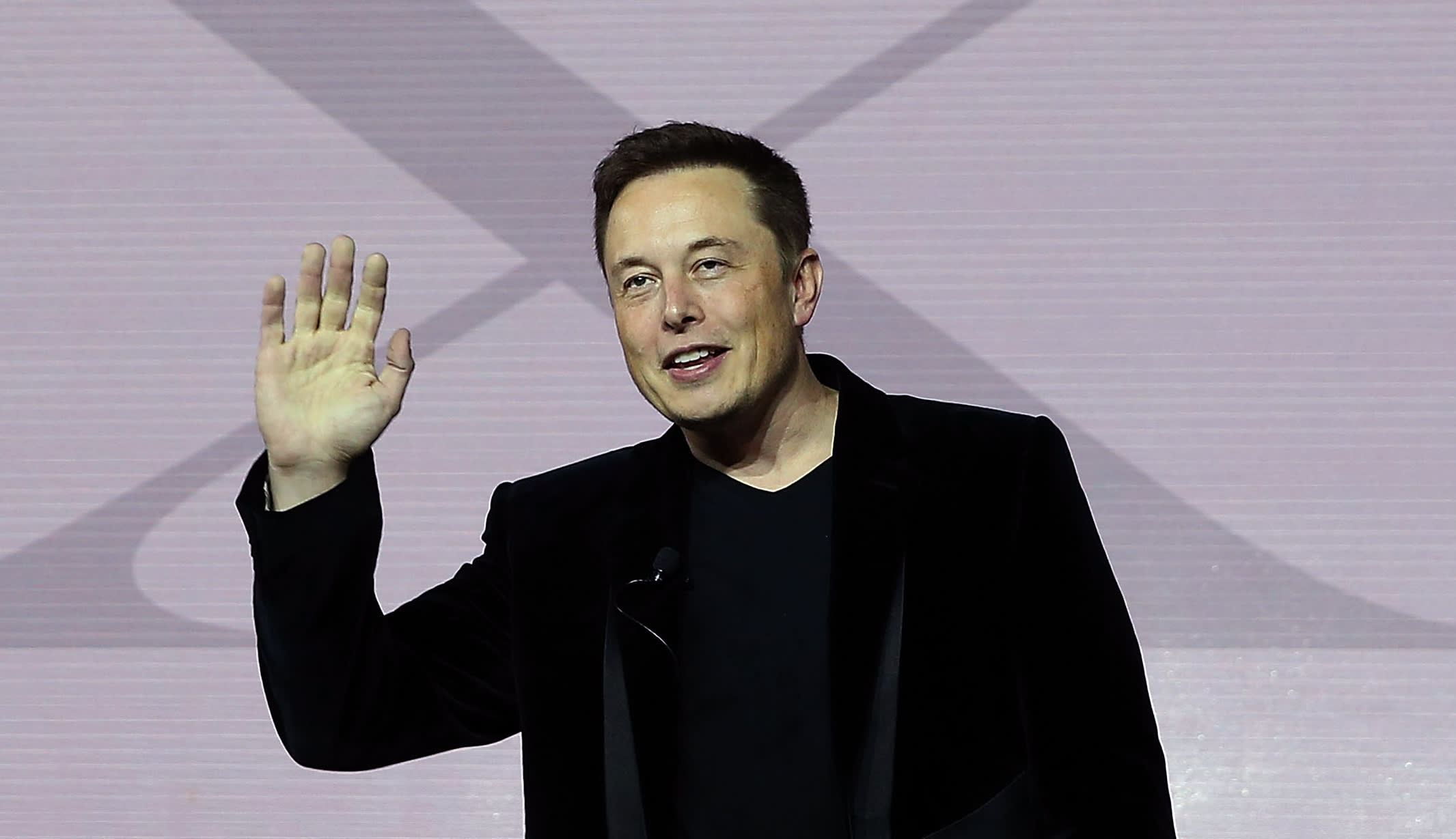 Elon Musk tried to pitch the head of the Yellow Pages before the internet boom: 'He threw the book at me'