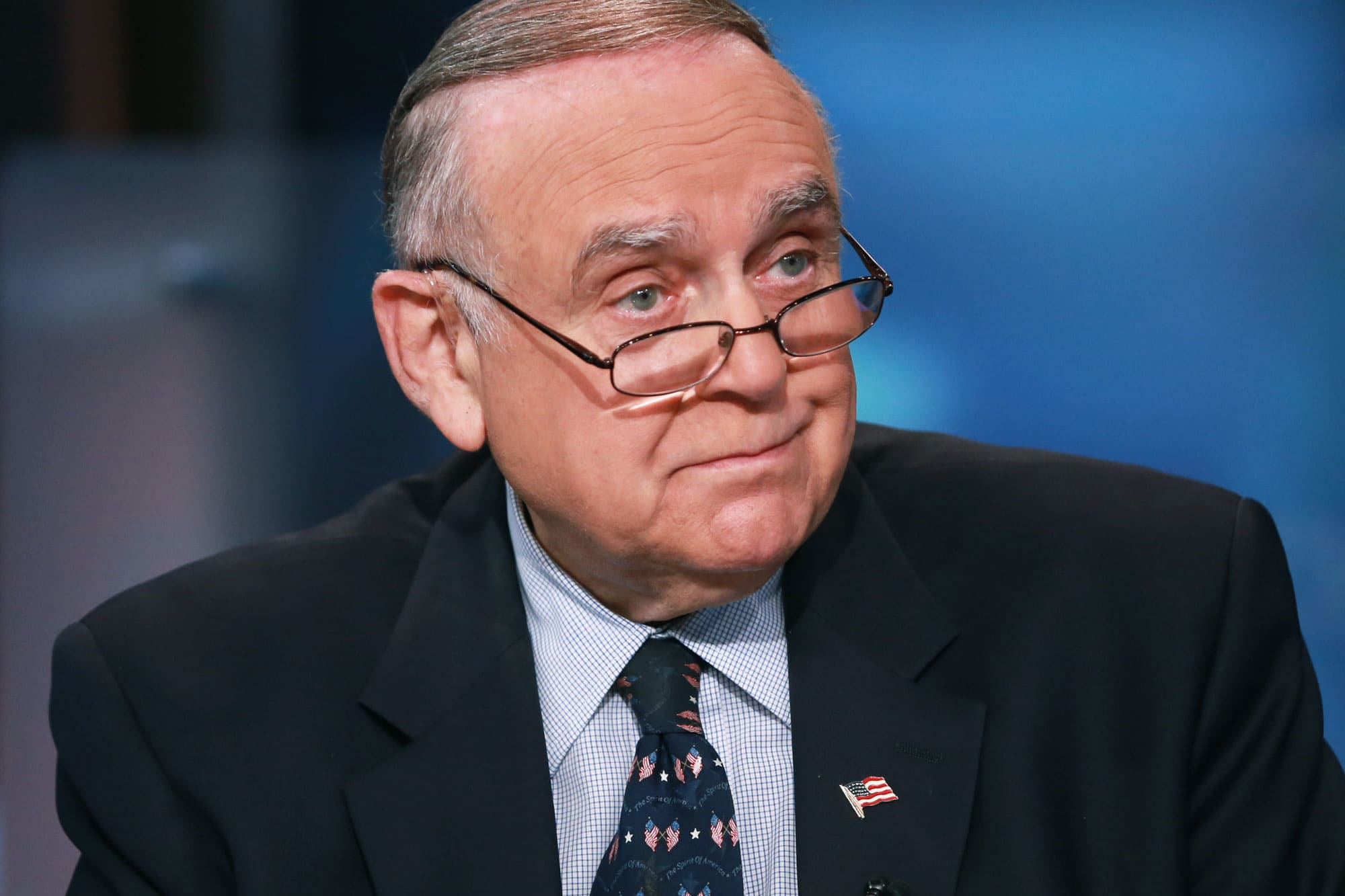A former Omega employee defends Leon Cooperman against Elizabeth Warren: 'She has dehumanized an admirable human being'