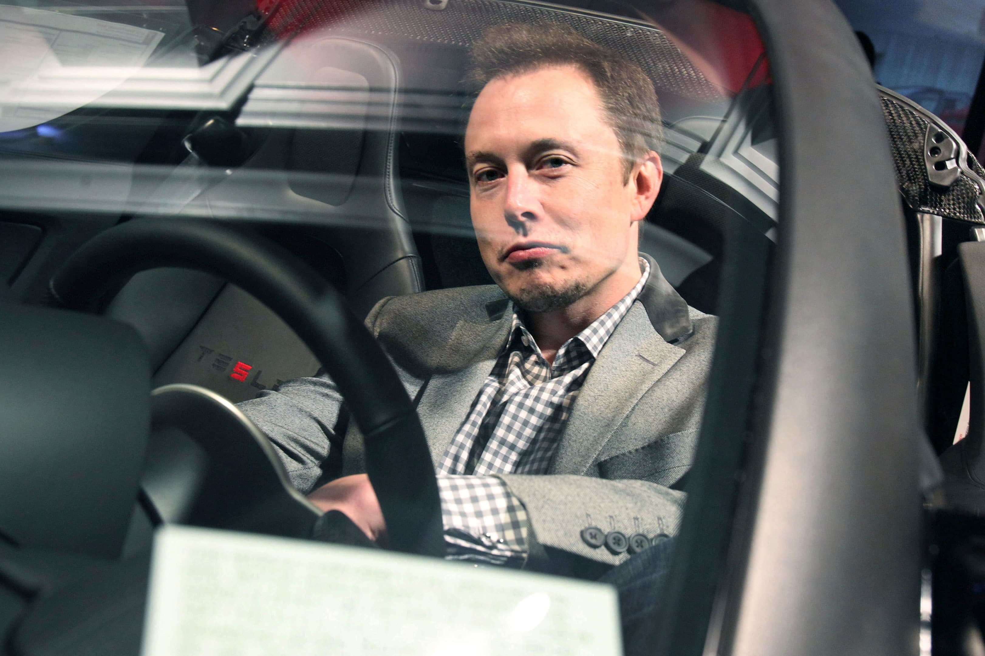 Elon Musk S Extreme Micromanagement Has Wasted Time And Money At Tesla Insiders Say