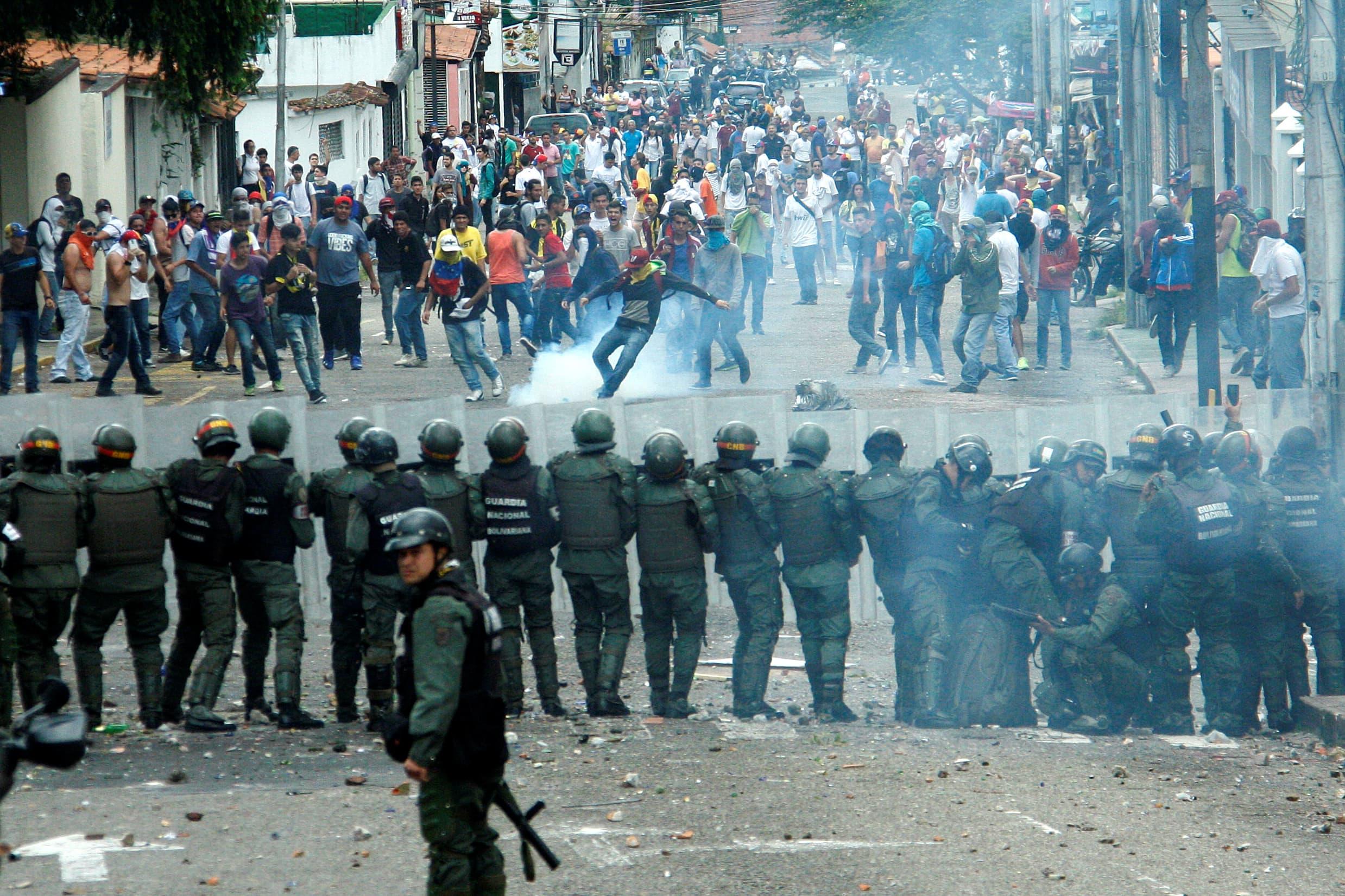 APphoto_Venezuela Political Crisis