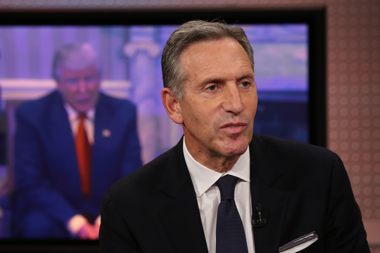 Ex-Starbucks CEO Howard Schultz sticks with strategist Steve Schmidt despite taking summer off from politics