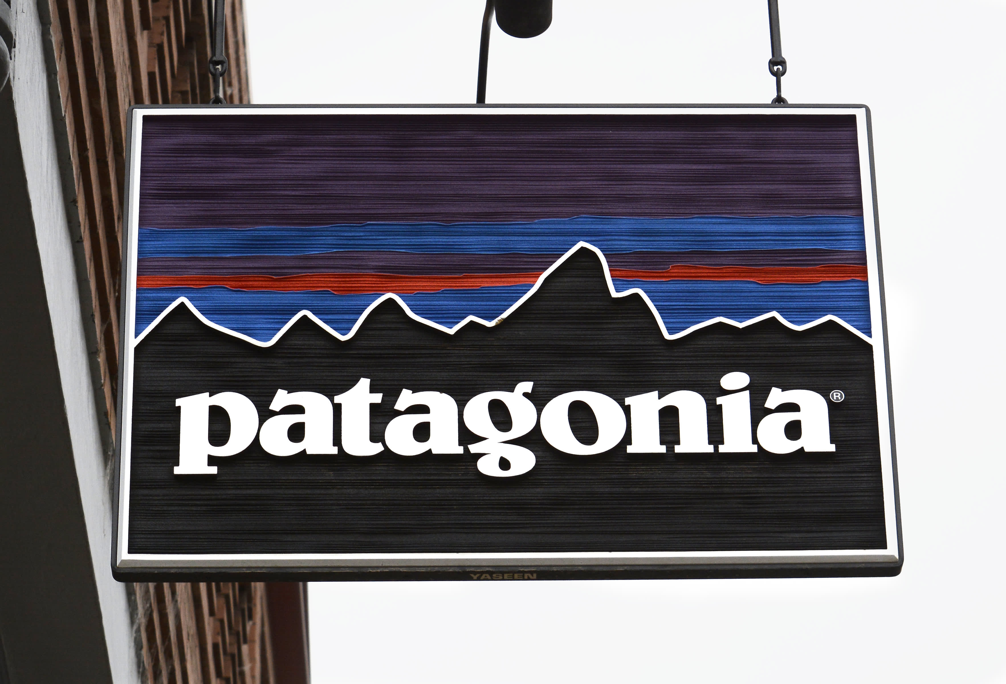 Patagonia is closing all of its stores because of the coronavirus