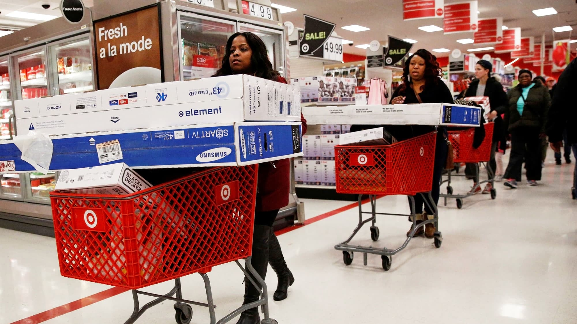 Black Friday Cyber Monday Shoppers Gear Up For Thanksgiving Weekend