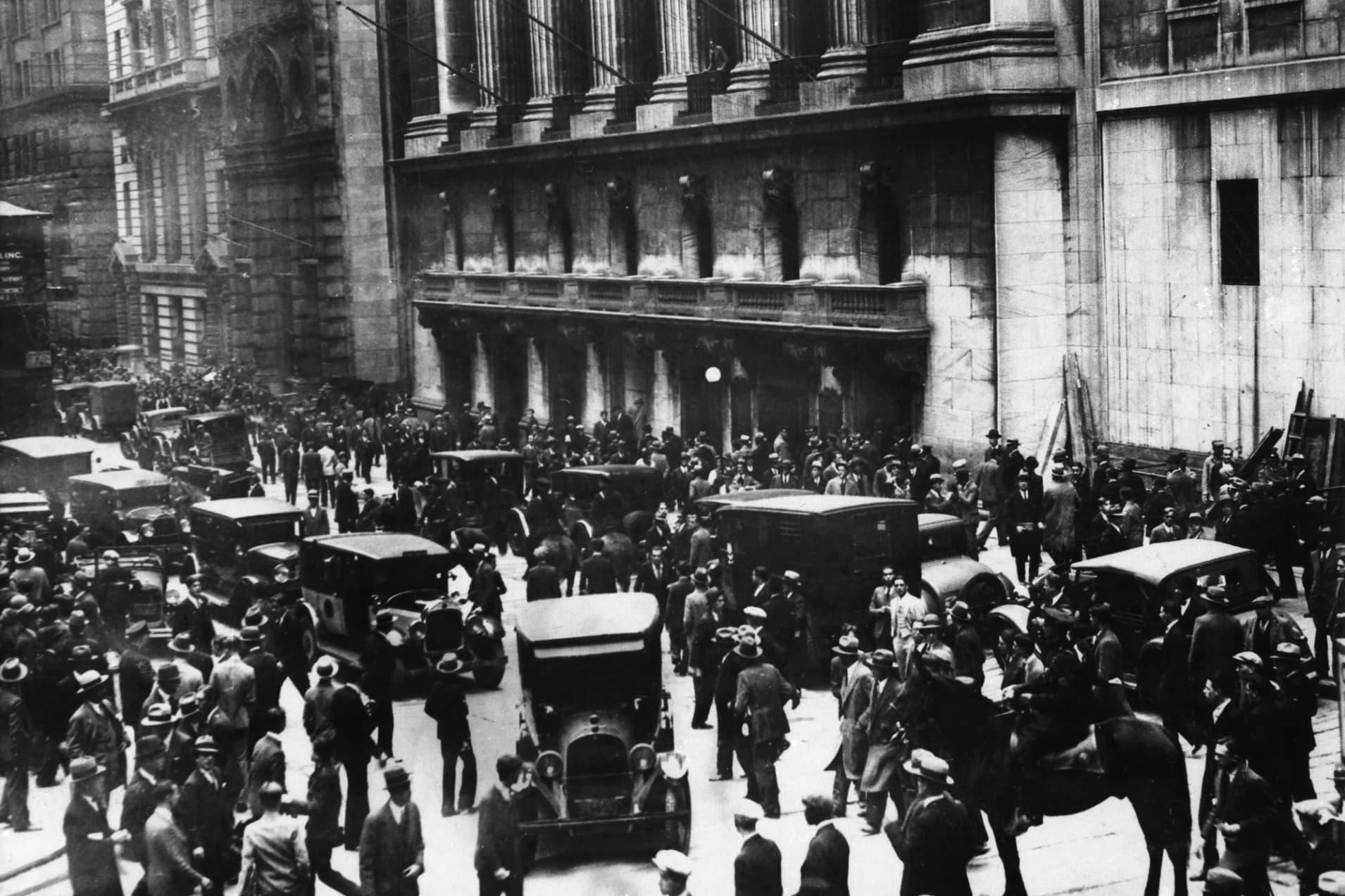 GP: Black Thursday Great Depression Wall Street crash 181217 EC