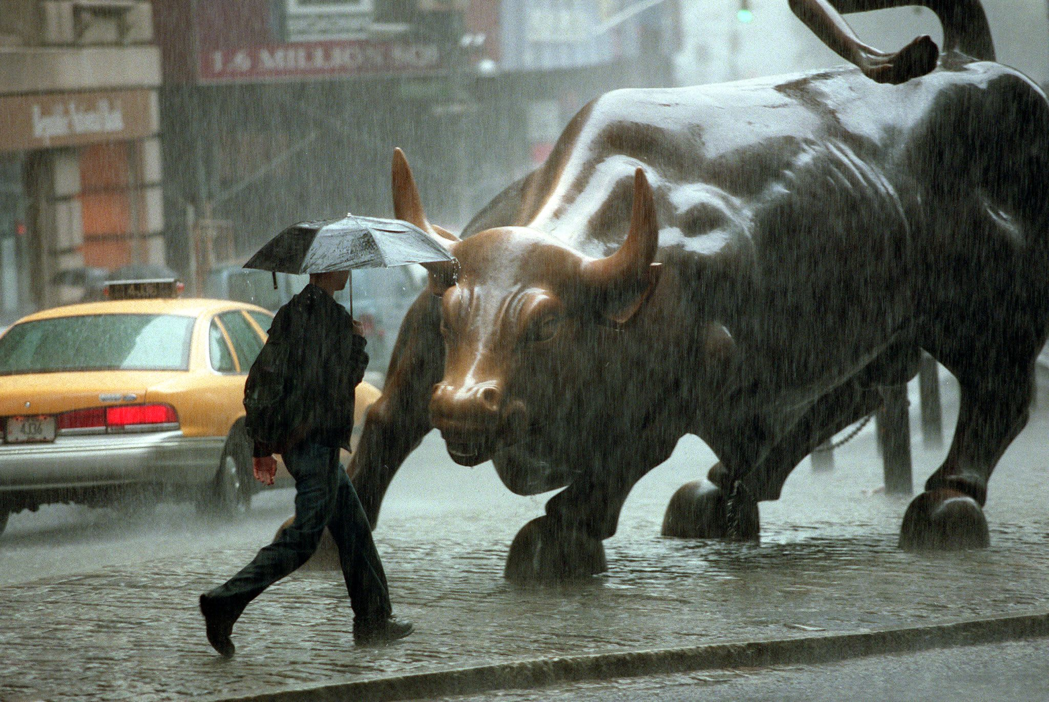 Morgan Stanley: Risk of a global recession is 'high and rising'